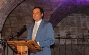 Juan Pedro García en el Museo del Vino de Bullas recibe el título de Maestro del Vino de Bullas.